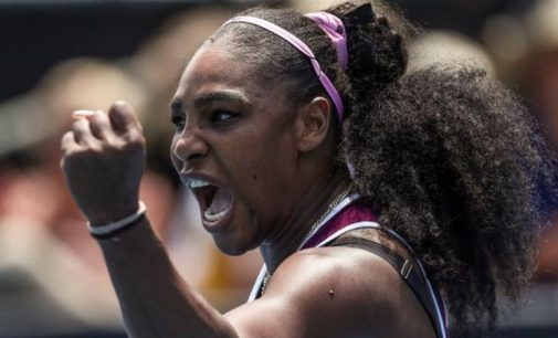 Naomi Osaka and Serena Williams have reached the Australian Open quarter-finals.